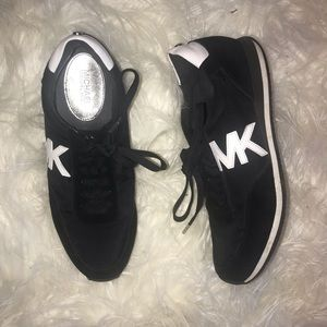 Size 10 Michael Kors sneakers